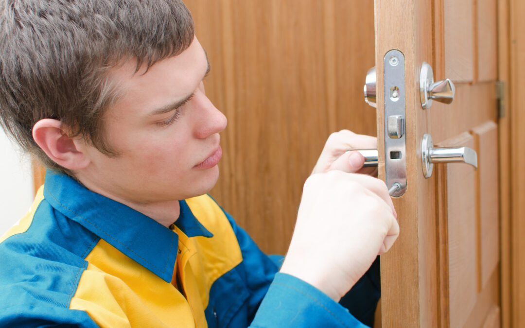 What to Do If Your Key is Stuck in the Lock of Your House